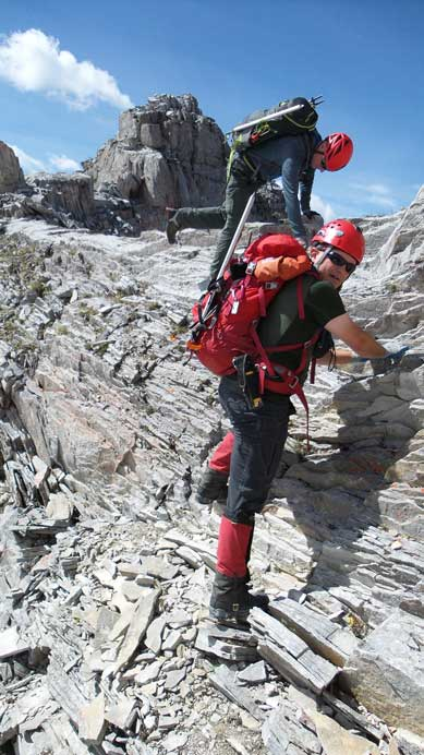 Descending a bit to access the scree ledge