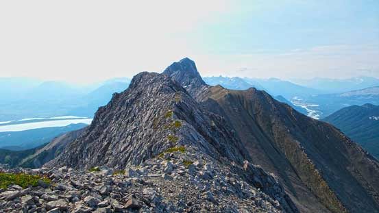 The connecting ridge to true summit