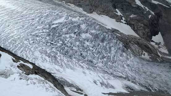 A closer view at a fractured section of Vowell Glacier