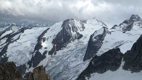 Impressive view towards the very fractured Bugaboo Glacier