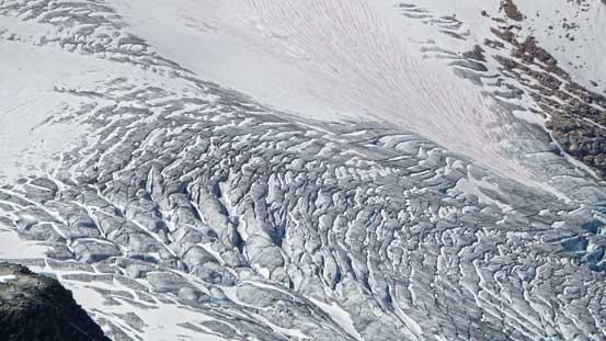 Crevasses on Illecilliwaet Glacier