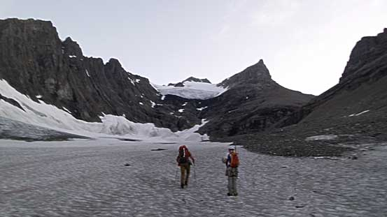 Hiking up the lower south glacier in the morning. King George straight ahead.