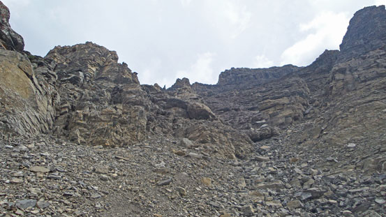 Looking up the big ascending gully.