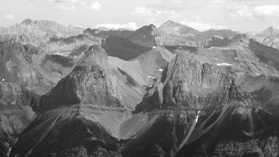 The west faces of Defender  Mountain and Onslow Mountain