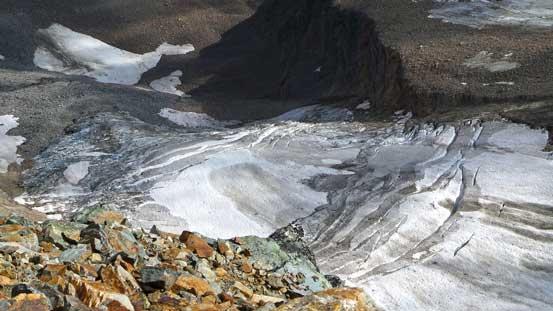 Glacier on the north face of Cinnamon Peak