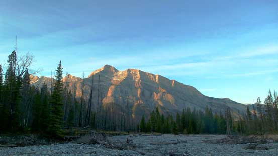 Mt. Rundle across Bow Valley