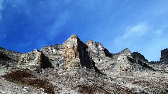 The pinnacles on Girouard's SW Ridge
