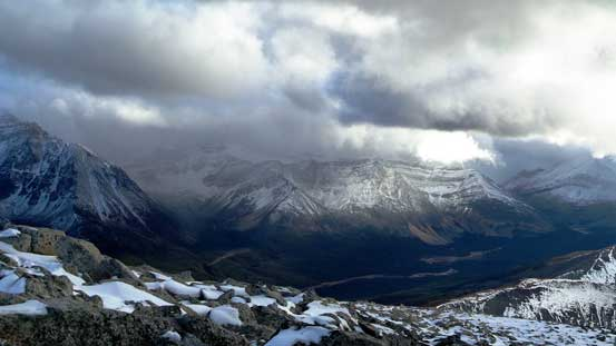 Looking towards the main range. Weather was still bad there.