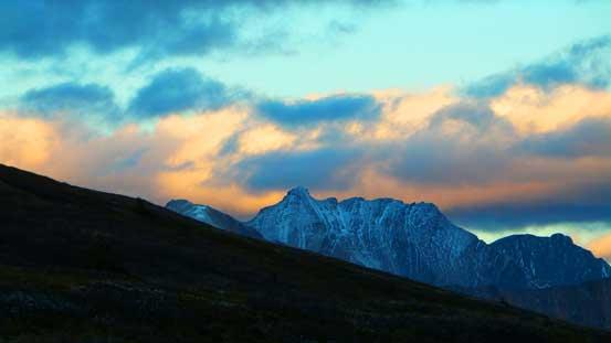 Evening colours by Mt. Aztec