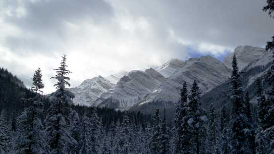 Another view of peaks on Colin Range. As far as I know none of these are named.