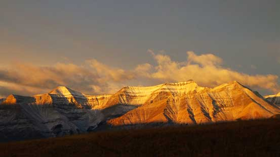 Morning light shone on Wapiti Mountain.
