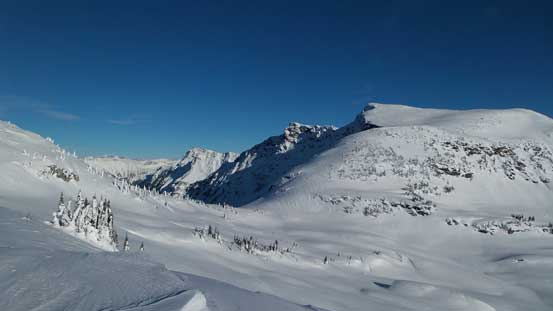 "Looking towards the broad col between Keystone and Unnamed (""Voussoir"")"