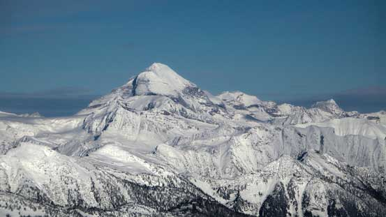 The huge bulk of Mt. Sir Sandford is the highest peak in Columbia Mountains