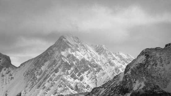 Another high peak on Sundance Range