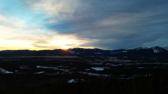 A morning view from Yamuska's trail