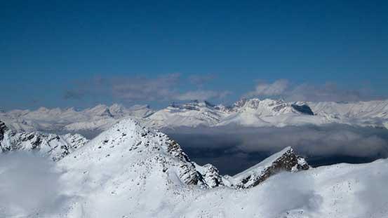 Big peaks in the front range including Willingdon, Richardson, Pika, Ptarmigan