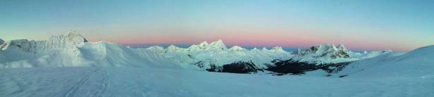 Panorama at just before alpenglow. Click to view large size.