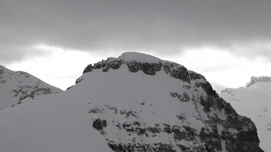 A zoomed-in view of Aberdeen's summit block