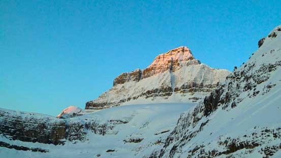 Alpenglow on Mistaya Mountain