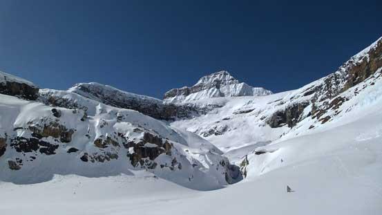 Looking back, Mistaya Mountain dominates the skyline