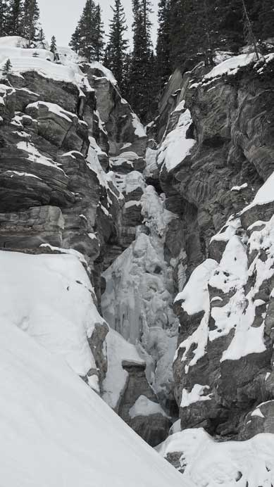 This is the waterfall/canyon I had to bypass using that big slope