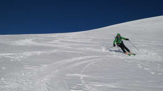 "Vern skiing down ""Androlumbia"""