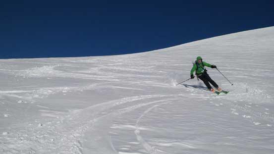 "Vern skiing down ""Androlumbia"""
