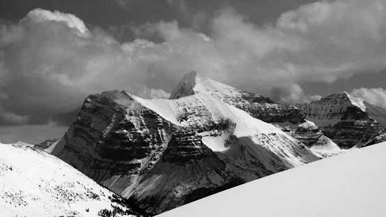 A zoomed-in view of the 'scramble' side of Mt. Edith Cavell