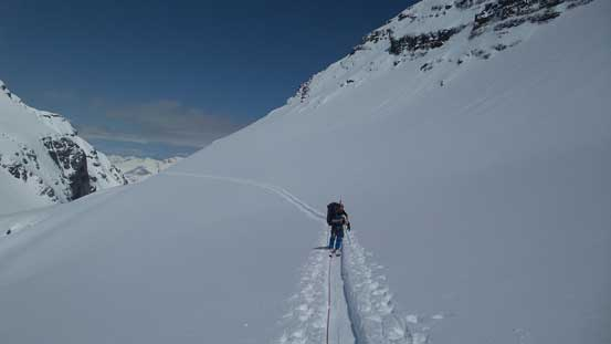 Ben re-ascending to Stut/Stut NE col following our tracks
