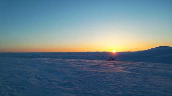 Gorgeous sunrise over the Eastern horizon