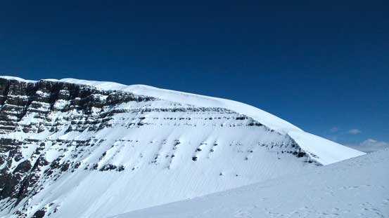 The long south ridge of North Twin