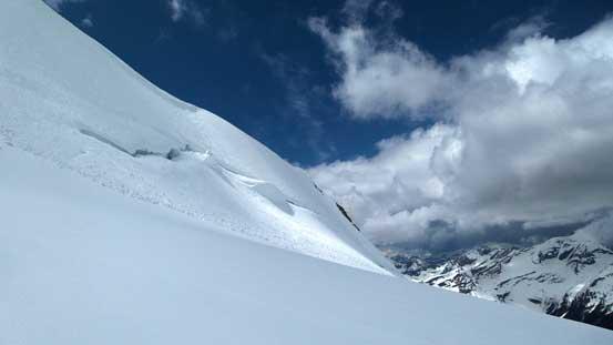 Huge bergschrund....