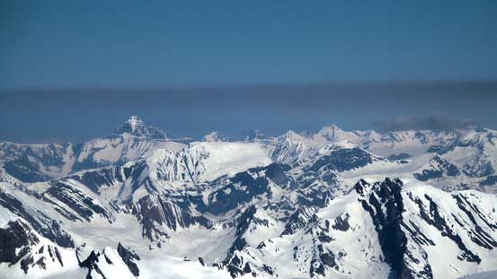 Tsar Mountain in the distance, looming above Pawn Peak in the Chess Group