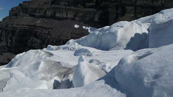 Crevasses and seracs on Forbes North Glacier