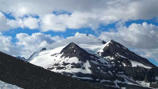 Mons Peak stealing the show. You can see the summit pyramid that we climbed via the left skyline
