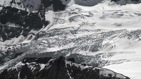 More of the icefall on South-east Lyell Glacier