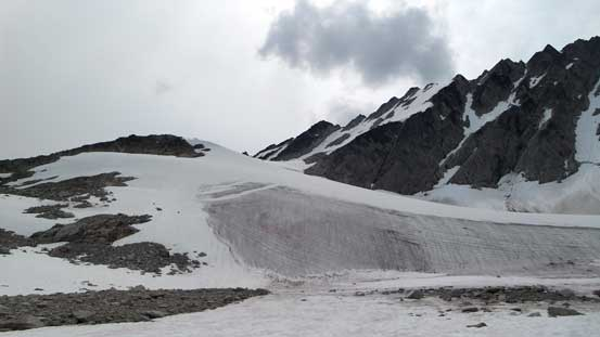 Centaurus Glacier already showed some bare ice. We went to far climber's right before cutting back
