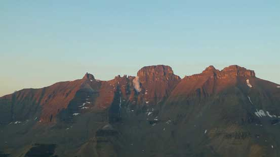 Alpenglow on The Castlelets - an interesting looking summit