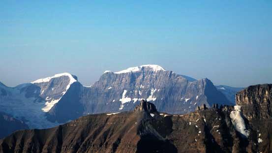 Oppy Mountain (a near-11,000er) with Farbus Mountain to its left