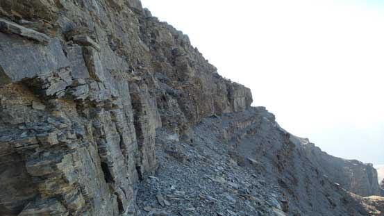 Route-finding through the difficult rock band on the summit block