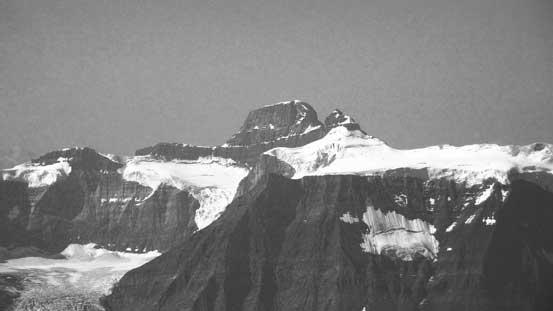 The 11,000er Mt. Alexandra and its adjacent Queens Peak