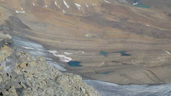 Here're the few tarns that I passed by