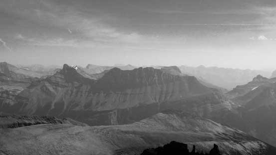 Cirrus Mountain now looks small!