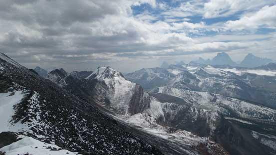 Looking over Bucephalus's shoulder towards Mt. Clairvaux - our ultimate destination