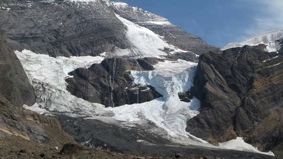 Icefalls on Resplendent Mountain's South Face