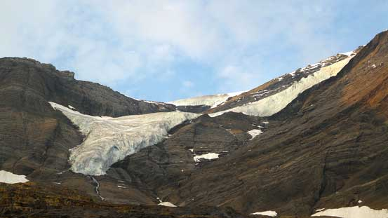 Another hanging glacier on Resplendent Mountain