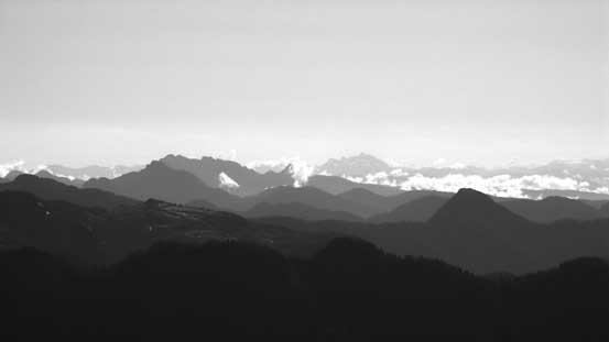 More big peaks on the Eastern horizon - Golden Ears (fg L) and the Cheam Group (bg C)