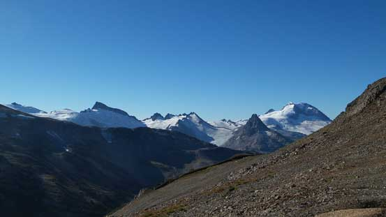 Partway down, great views of Sphinx, Guard and Garibaldi