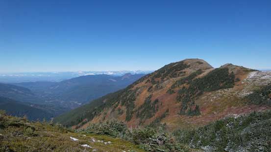 Looking back towards Skyline Divide