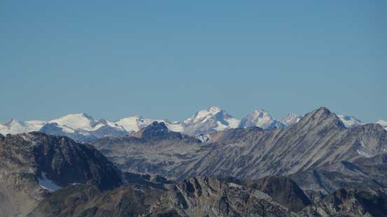 Overseer Mountain behind Sockeye Horn